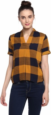 Soie Casual Half Sleeve Checkered Women