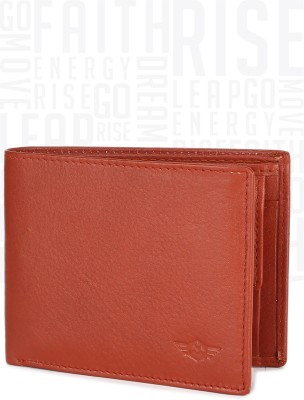 Metronaut Men Tan Genuine Leather Wallet(6 Card Slots) at flipkart