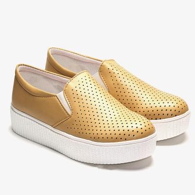 TEN Tan Flat Casual Shoes Slip On Sneakers For Women(Tan)