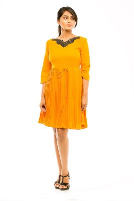 Pinwheel Women Gathered Yellow Dress