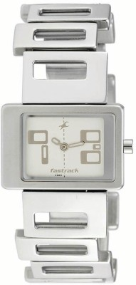 Fastrack NJ2404SM01  Analog Watch For Women