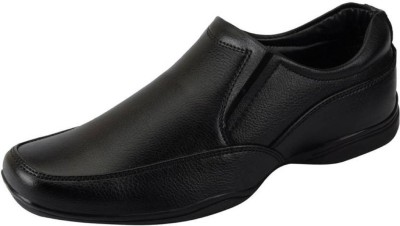 Bata Men's Formal Slip On(Black) at flipkart