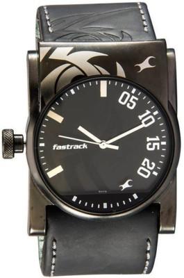 Fastrack 3056NL01 Analog Watch