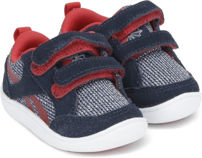REEBOK Boys & Girls Lace Sneakers(Blue) at flipkart