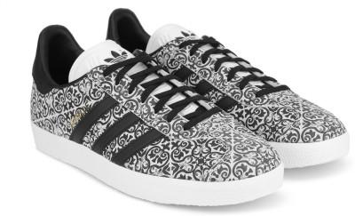 premium selection 62f24 0c61b 37% OFF on ADIDAS ORIGINALS GAZELLE W Sneakers For Women(Black, White) on  Flipkart   PaisaWapas.com