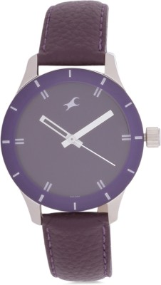 Fastrack NF6078SL05  Analog Watch For Women