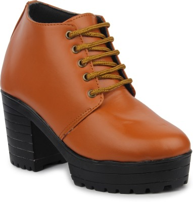 Moonwalk Boots For Women(Tan)