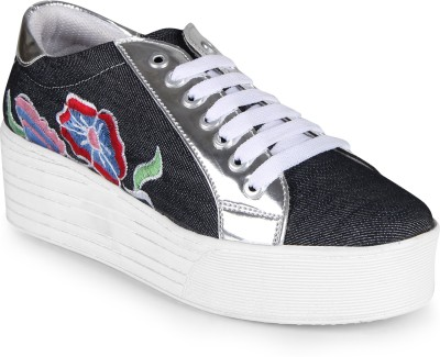 Zapatoz Canvas Shoes For Women(Grey)