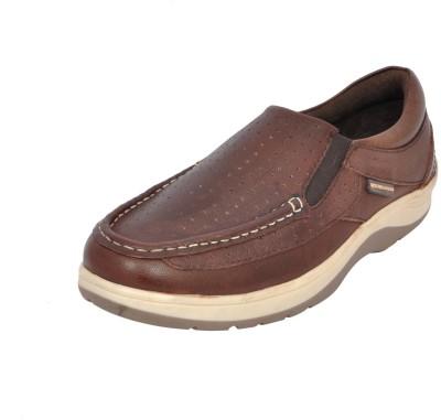 Maplewood Eden-Brown Casuals For Men(Brown) at flipkart