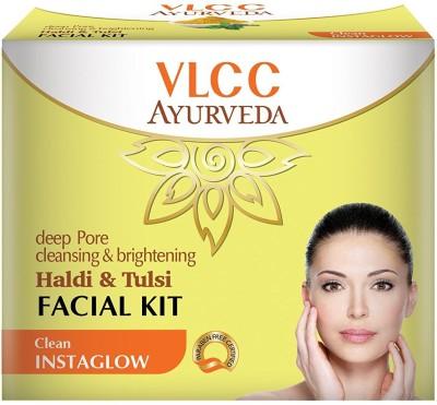 VLCC Ayurveda Deep Pore Cleansing & Brightening Haldi & Tulsi Facial Kit