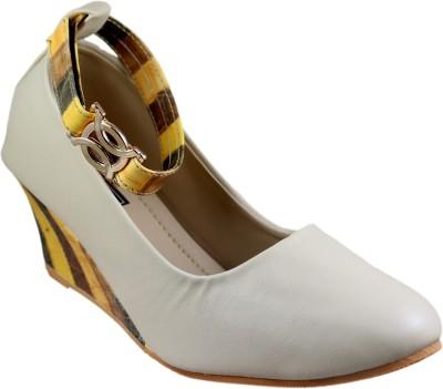Mega Steps Women Beige::Yellow Wedges