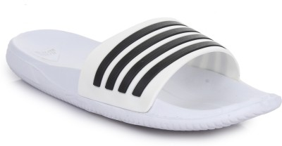 4be24359d7e3 Adidas AQUALETTE CF MUFC Slides Best Price in India