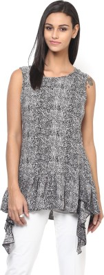 Yaadleen Women Fit and Flare Black Dress