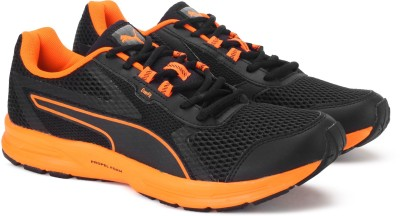 Puma Essential Runner Running Shoes For Men(Black, Orange)