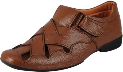 FOOTIND Men BROWN Sandals