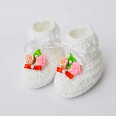 Love Crochet Art wf66 Booties(Toe to Heel Length - 10 cm, White)