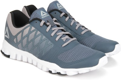 83ebd55a1b2d21 35% OFF on REEBOK REALFLEX TR XTREME Running Shoes For Men(Grey) on  Flipkart