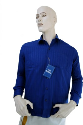 Adt Saral Men Solid Formal Shirt