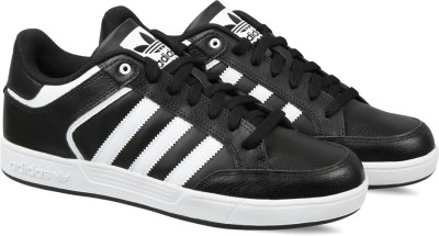 35% OFF on ADIDAS ORIGINALS VARIAL LOW Sneakers For Men(Black) on Flipkart   PaisaWapas.com