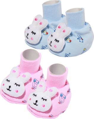 Baby Inn Bootie pack of 2 Booties(Toe to Heel Length - 8 cm, Multicolor)