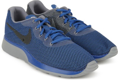 Nike TANJUN RACER Running Shoes For Men(Blue, Grey) 1