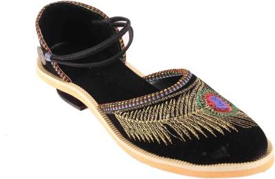 AAPNI CHOICE Women BLACK Sports Sandals