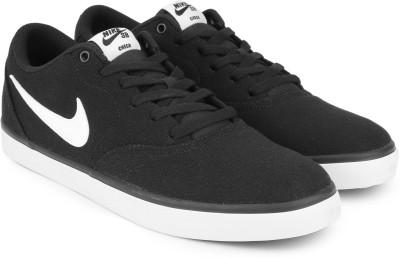907086a62e5659 25% OFF on Nike SB CHECK SOLARSOFT Sneakers For Men(Black) on Flipkart