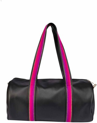 39bb117cacec 10% OFF on 2AM Women s Leather Duffle Bag (Black-Pink) Travel Duffel Bag( Black) on Flipkart