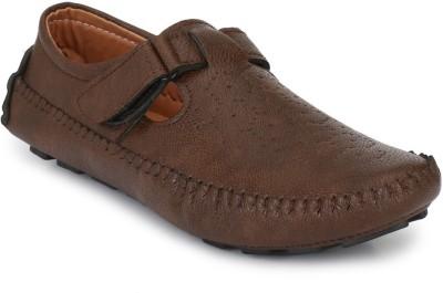 25% OFF on BIG FOX Roman Sandal Casuals