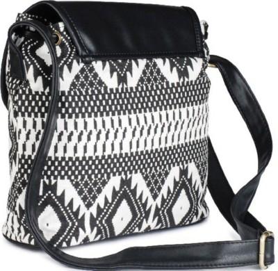 c74fc7e9bebcb 67% OFF on Lychee Bags Women Casual Black PU Sling Bag on Flipkart    PaisaWapas.com