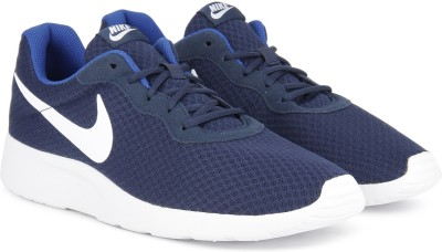 Nike TANJUN Sneakers For Men(White, Navy) 1