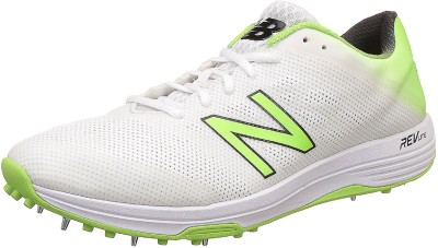 ca73ff7165629 2% OFF on New Balance Full Spike CK10L3 Cricket Shoes For Men(White, Green)  on Flipkart | PaisaWapas.com