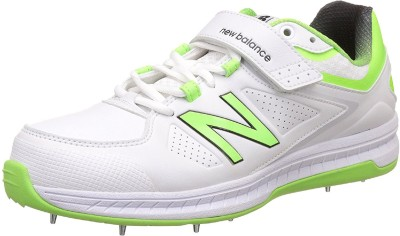 96776264cc562 2% OFF on New Balance Full Spike CK4040W3 Cricket Shoes For Men(White) on  Flipkart | PaisaWapas.com