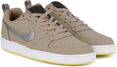 Nike COURT BOROUGH LOW Sneakers For Men(Multicolor)
