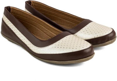 Tashi Women Dark Brown & White Synthetic Leather Belly/ Ballet Flat/ Belly Shoes- 40 Casuals For Women(Brown)