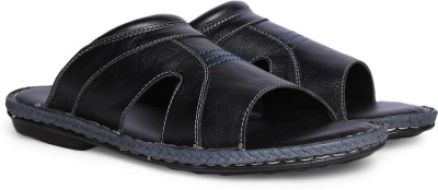 Bata CHEKHOV Men Black Casual at flipkart