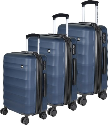 5e0edcfad 60% OFF on Nasher Miles Rome Expander| Hard-Side| Luggage Set of 3 ...