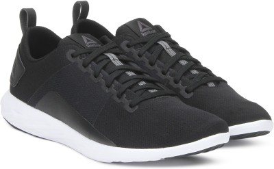 35% OFF on REEBOK ASTRORIDE WALK Walking Shoes For Men(Black) on Flipkart  c8dc30f77