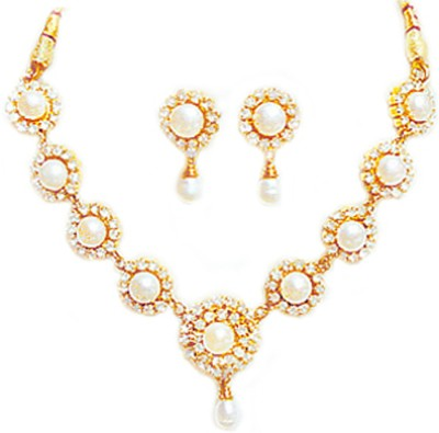 Dreamz Gold Jewel Set(White) at flipkart