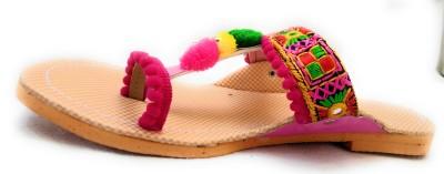 https://rukminim1.flixcart.com/image/400/400/jfzpuvk0/sandal/e/p/5/228-fw-4-fashion-world-pink-original-imaf4bebaqax59ct.jpeg?q=90