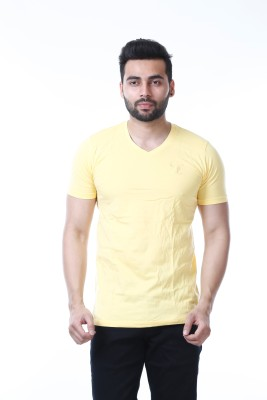 67% OFF on MOUDLIN Solid Men s V-neck Yellow T-Shirt on Flipkart ... 068c5ab29