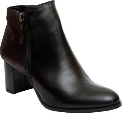 https://rukminim1.flixcart.com/image/400/400/jge09e80/shoe/z/m/a/17-421-black-afrika-38-salt-n-pepper-black-original-imaf4nyv5br2ange.jpeg?q=90