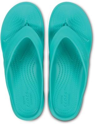 https://rukminim1.flixcart.com/image/400/400/jhavdzk0/slipper-flip-flop/g/m/q/202635-6-crocs-tropical-teal-original-imaf5bd3hwxkvv2m.jpeg?q=90