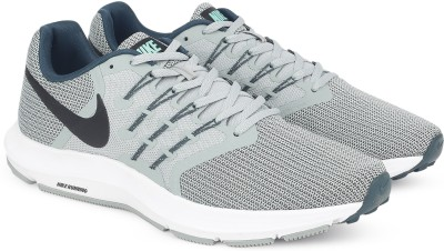 Nike NIKE RUN SWIFT Walking Shoes For Men(Grey, Black) 1