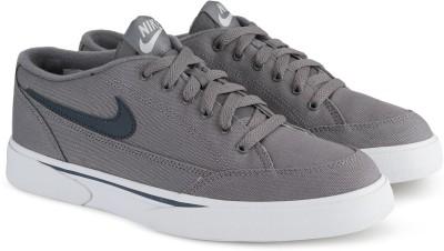 Nike GTS '16 TXT Sneakers For Men(Grey) 1