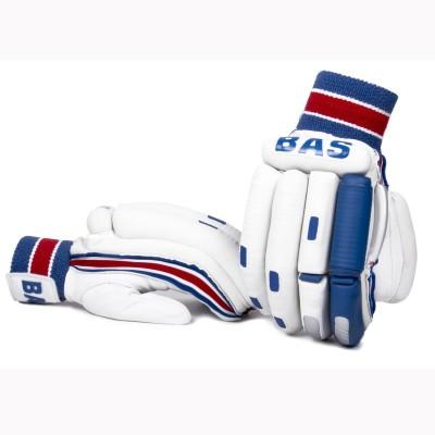 https://rukminim1.flixcart.com/image/400/400/jhi0l8w0/sport-glove/m/5/e/left-right-men-player-batting-gloves-qp-bg-player-480-grams-21-original-imaf5hn5w2cru8j3.jpeg?q=90