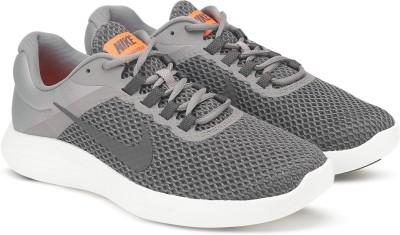 98601ee9a57 15% OFF on Nike NIKE LUNARCONVERGE 2 Running Shoes For Men(Black ...
