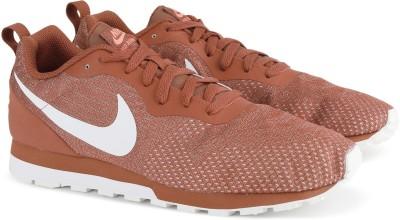 3bbbe4a15fb 15% OFF on Nike NIKE MD RUNNER 2 ENG MESH Sneakers For Men(Brown) on  Flipkart