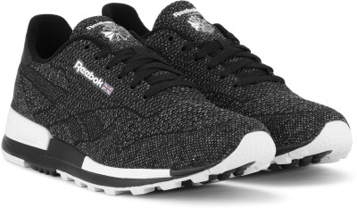 1b9bb19e305 35% OFF on REEBOK CL LEATHER 2.0 ULTK Sneakers For Men(Black) on Flipkart