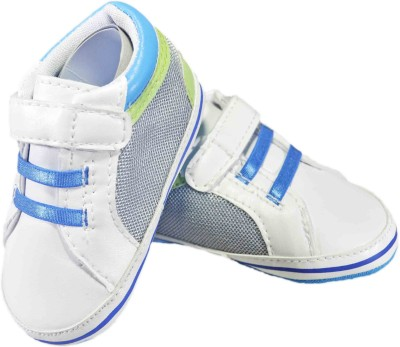 Revolt India Boys & Girls Velcro Sneakers(Multicolor